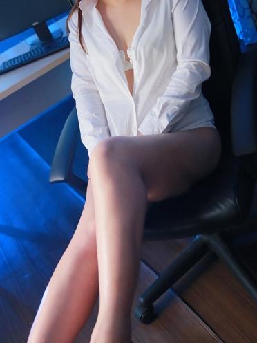 広島市中区薬研堀のヘルス AGORA(アゴラ)早朝6:00オープン!!厳選美人OLが連日多数出勤!! 抜群の愛嬌 けいさんの画像