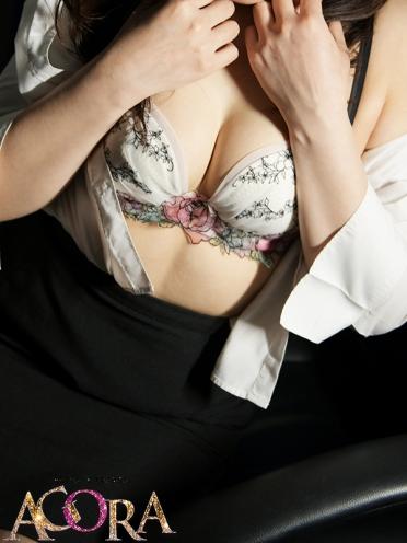 広島市中区薬研堀のヘルス AGORA(アゴラ)早朝6:00オープン!!厳選美人OLが連日多数出勤!! 底知れぬ色気いおりさんの画像4