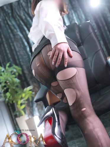 広島市中区薬研堀のヘルス AGORA(アゴラ)早朝6:00オープン!!厳選美人OLが連日多数出勤!! エロさ溢れる未経験つかささんの画像2