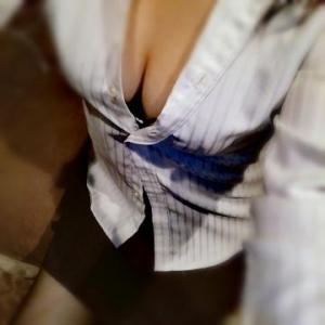 広島市中区薬研堀のヘルス AGORA(アゴラ)早朝6:00オープン!!厳選美人OLが連日多数出勤!! 写メ日記 めぐる画像